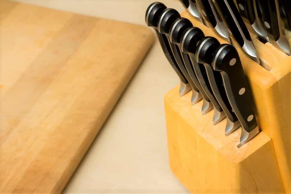 Are Japanese knives dishwashers safe